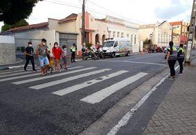 Faixa de pedestre no bairro de Tambiá, em João Pessoa.