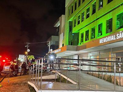 Ferido, motociclista deslocou-se até hospital no bairro da Torre.