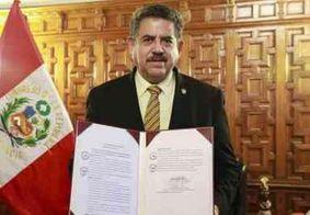 Após impeachment, chefe do Congresso no Peru assume presidência