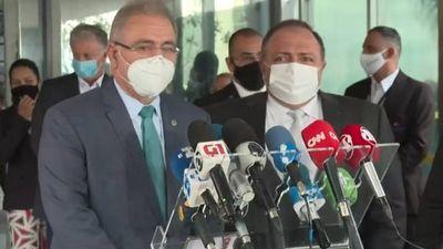 Novo ministro da Saúde defende ciência e uso de máscara