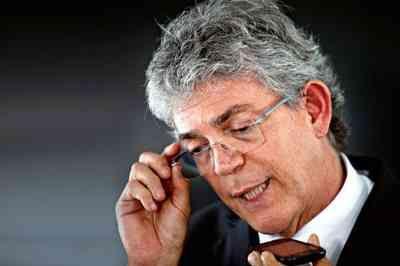 STJ manda soltar ex-governador Ricardo Coutinho