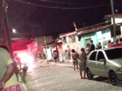 Homem que estava com filho no colo é assassinado a tiros, em João Pessoa
