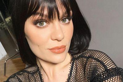 Jessie J revela problema de saúde que a impede de cantar