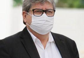 João Azevêdo atribui atraso na vacinação a falta de doses ofertadas pelo ministério da Saúde