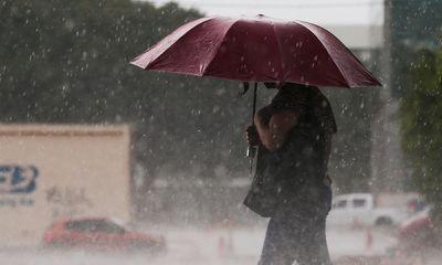 Pior chuva em mil anos deixa 25 mortos na China