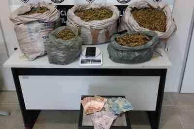 Polícia apreende 30 kg de maconha e prende mulher suspeita de gerenciar tráfico, na PB