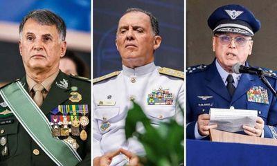 Comandantes do Exército, Marinha e Aeronáutica pedem demissão