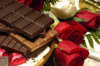 Dia dos namorados: Procon-PB aponta variação de R$ 50 em flores e 70% no preço de chocolates