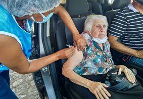 Veja os pontos de vacinação drive thru em João Pessoa neste sábado (13)