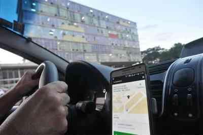 De papagaio a dentadura: Uber divulga itens mais incomuns esquecidos em viagens no Brasil