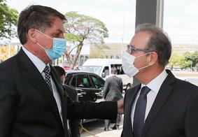 Bolsonaro e Bento Albuquerque, ministro de Minas e Energia