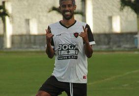 Léo Moura, ex-Botafogo da Paraíba, anuncia a aposentadoria do futebol