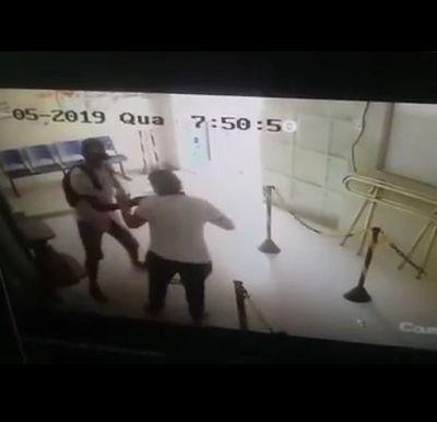 Câmeras registram assalto em casa lotérica de João Pessoa; veja