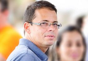 Comissão aprova parecer pela cassação de Luiz Antônio