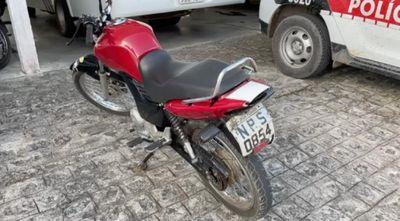 Após fuga, menores são apreendidos com moto clonada em João Pessoa