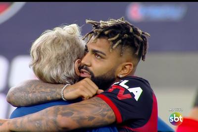 Com gol nos acréscimos e transmissão do SBT, Flamengo é campeão carioca 2020