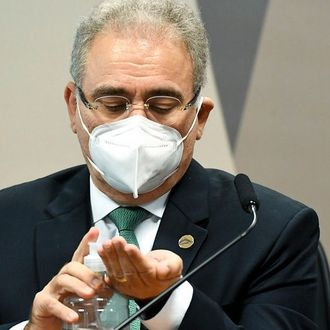 Marcelo Queiroga deu carona a políticos e familiares em voos da FAB