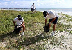 No dia Mundial da Limpeza, Marinha realiza ação em praia e rio de João Pessoa