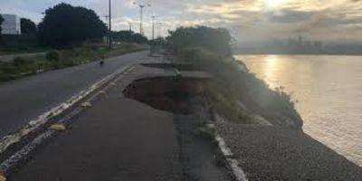 Cícero Lucena e Defesa Civil tratam sobre recursos para falésia do Cabo Branco