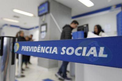 Após mudanças, economia com reforma da Previdência cai para R$ 933,5 bilhões