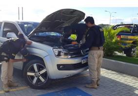 Caminhonete de luxo roubada em Goiás e que circulava com placas de Pernambuco é recuperada pela PRF-PB