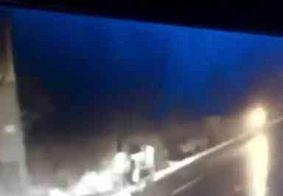 Vídeo: câmera flagra atropelamento de catadora em João Pessoa