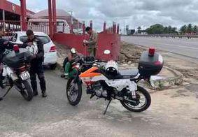 Linha com cerol deixa motociclista ferido em rodovia de João Pessoa; veja