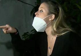 Vídeo | Médica ofende equipe de reportagem em festa clandestina