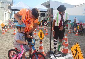 Ação na Ponta Verde vai ensinar crianças a andar de bicicleta no Domingo (12)