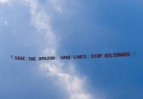 Avião é usado em protesto contra Bolsonaro em Nova York; veja