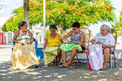 Projeto da UFPB capacita rendeiras do Cariri paraibano para exportação