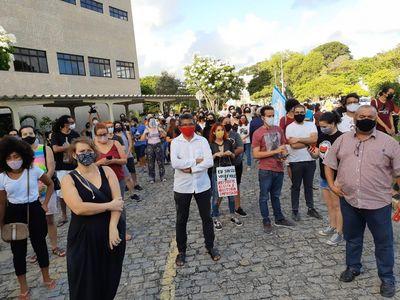 'Nomeação do novo reitor da UFPB é intervenção ideológica', dizem estudantes em ato