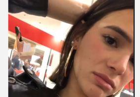 """Bruna Marquezine ironiza vídeo de mulher falando sobre ser corna: """"a cara nem arde, né?"""""""