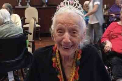 Sobrevivente de câncer, idosa de 102 anos vence a Covid-19 duas vezes