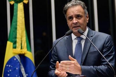Senadores paraibanos explicam voto em favor de Aécio
