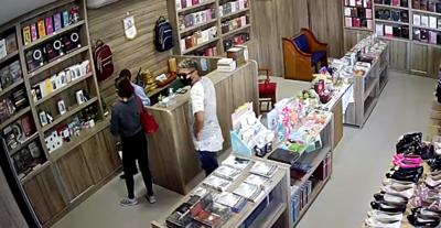 PM prende grupo suspeito de roubar R$ 40 mil em celulares de loja, em João Pessoa