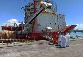 Paraibano testa positivo para a Covid-19 em barco ancorado em Sergipe