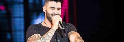 Fã tatua Gusttavo Lima com chifres e cantor tem reação inesperada