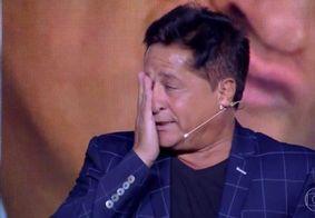 """Leonardo beija cantor na boca e é detonado na internet: """"Não esperava"""""""