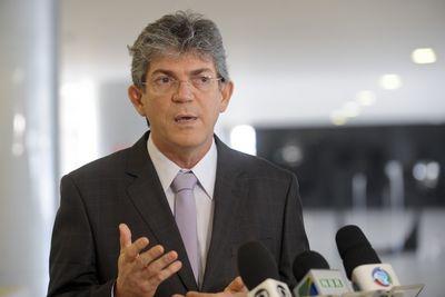 Suspeito de ameaçar e tentar extorquir R$ 3 milhões de Ricardo Coutinho tem prisão solicitada
