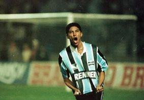 Ex-jogador do Grêmio tem casa invadida e prêmios furtados