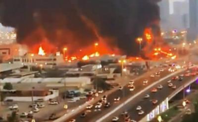 Incêndio atinge mercado nos Emirados Árabes
