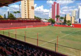 Estádio Renatão, onde o Campinense se reapresentará