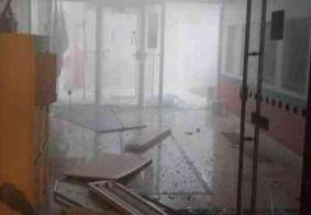 Bandidos arrombam bancos, lojas e carros no Sertão da Paraíba; veja imagens