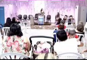 Vídeo | Pastora se empolga e solta 'palavrão' durante pregação