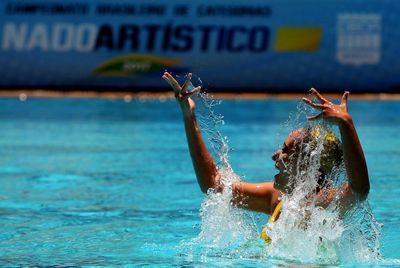 Atleta paraibana integra seleção brasileira de Nado Sincronizado