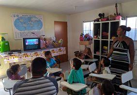 Paraibana que ajuda crianças carentes participa do programa Eliana