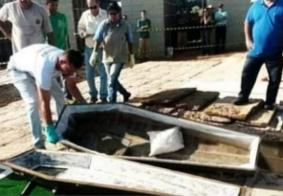 Autora de fake news sobre caixões vazios pode pegar 9 anos de prisão, diz delegado
