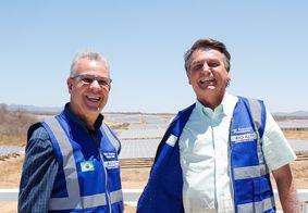 Bento Albuquerque e Jair Bolsonaro durante visita a Coremas, na Paraíba.