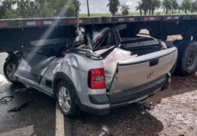 Vídeo: câmera registra deslizamento de carreta que esmagou carro na PB